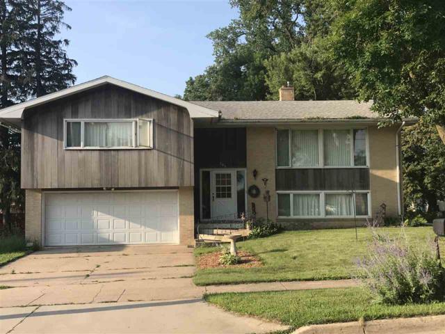 303 E Prospect Street, New Hampton, IA 50659 (MLS #20194027) :: Amy Wienands Real Estate