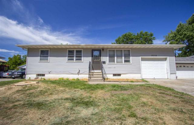 2558 W 9th Street, Waterloo, IA 50702 (MLS #20194128) :: Amy Wienands Real Estate
