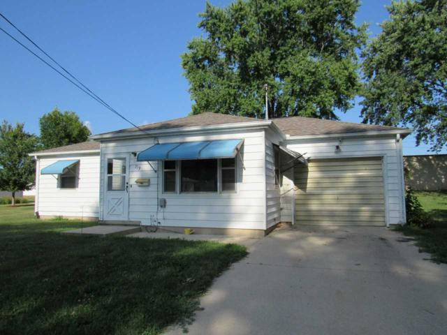 713 Dena Street, Waterloo, IA 50702 (MLS #20194180) :: Amy Wienands Real Estate