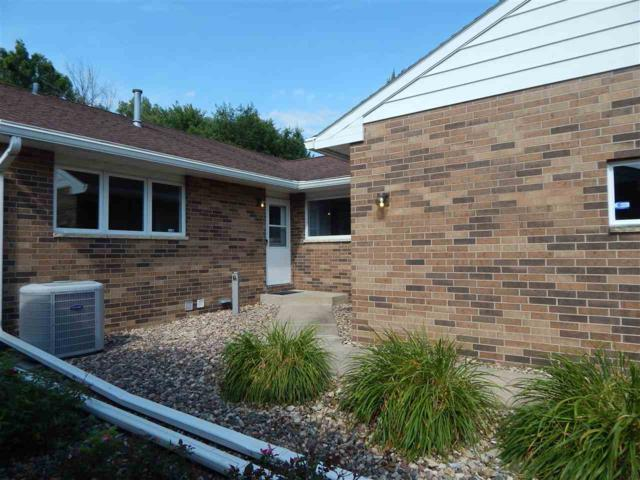 2015 Minnetonka Drive, Cedar Falls, IA 50613 (MLS #20194248) :: Amy Wienands Real Estate