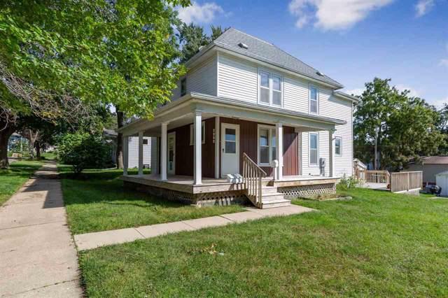 1222 Iowa Street, Cedar Falls, IA 50613 (MLS #20195066) :: Amy Wienands Real Estate
