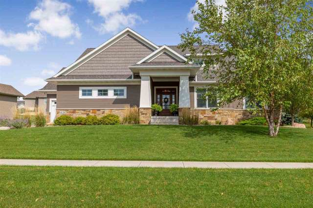 4128 Wynnewood Drive, Cedar Falls, IA 50613 (MLS #20195114) :: Amy Wienands Real Estate