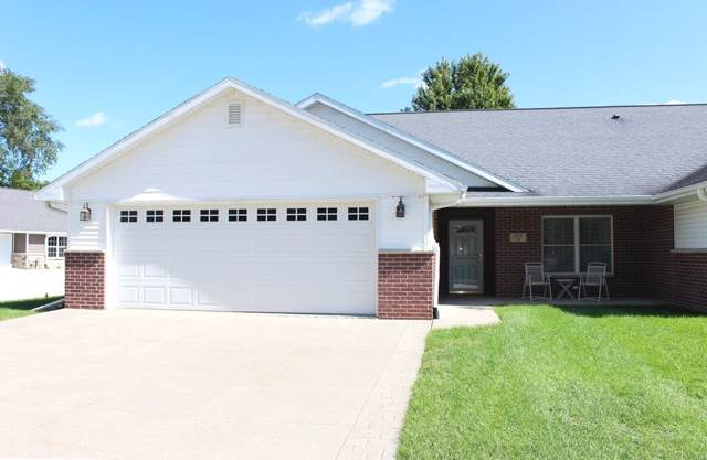 112 Bailey Drive, Manchester, IA 52057 (MLS #20195176) :: Amy Wienands Real Estate