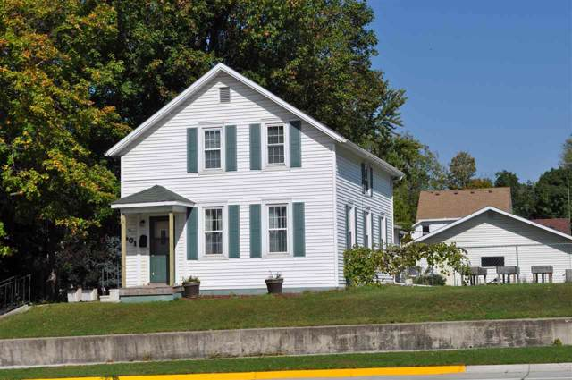 601 E Bremer Avenue, Waverly, IA 50677 (MLS #20195308) :: Amy Wienands Real Estate