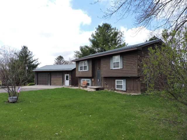 1678 Oak Terrace Road, Decorah, IA 52101 (MLS #20195392) :: Amy Wienands Real Estate