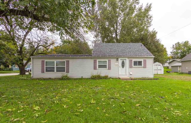 324 NW 7th Avenue, Waverly, IA 50677 (MLS #20195418) :: Amy Wienands Real Estate
