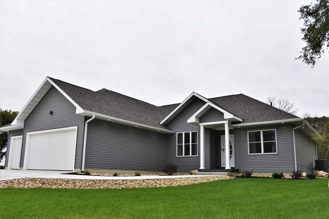 8851 W Cedar Wapsi Road, Cedar Falls, IA 50613 (MLS #20195425) :: Amy Wienands Real Estate