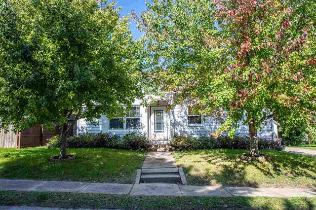 216 NW 8th Avenue, Waverly, IA 50677 (MLS #20195464) :: Amy Wienands Real Estate