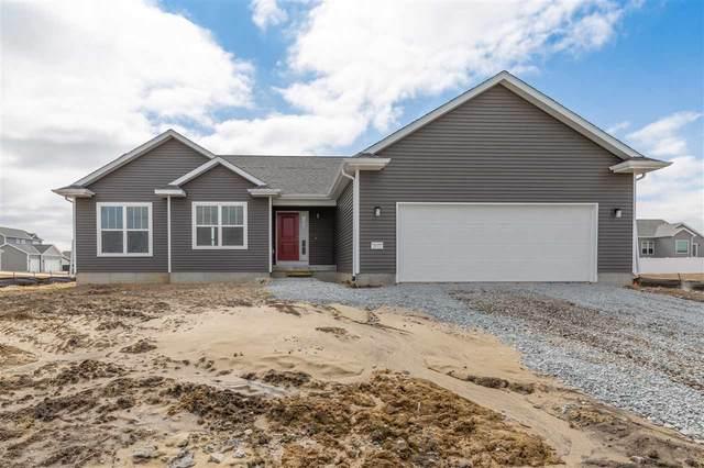 2622 Maple Grove Drive, Cedar Falls, IA 50613 (MLS #20195482) :: Amy Wienands Real Estate