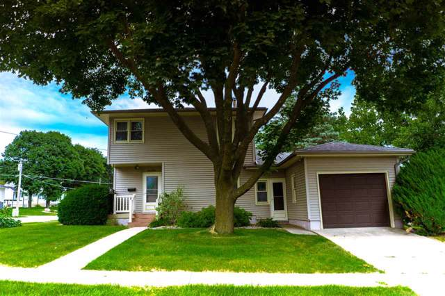 1202 11th Street, Grundy Center, IA 50638 (MLS #20195500) :: Amy Wienands Real Estate