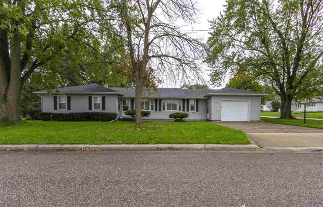 400 Eureka Street, Waterloo, IA 50701 (MLS #20195578) :: Amy Wienands Real Estate