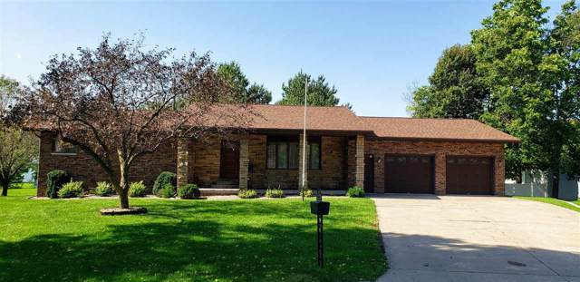 117 Marshall Court, Manchester, IA 52057 (MLS #20195610) :: Amy Wienands Real Estate
