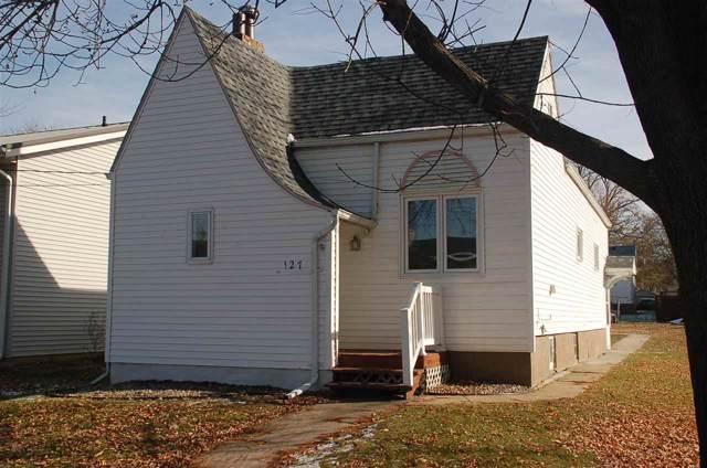 127 2nd Ave Se, Oelwein, IA 50662 (MLS #20196058) :: Amy Wienands Real Estate
