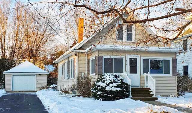 812 E Butler Street, Manchester, IA 52057 (MLS #20196100) :: Amy Wienands Real Estate