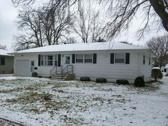 1712 Owen St, Charles City, IA 50616 (MLS #20196134) :: Amy Wienands Real Estate