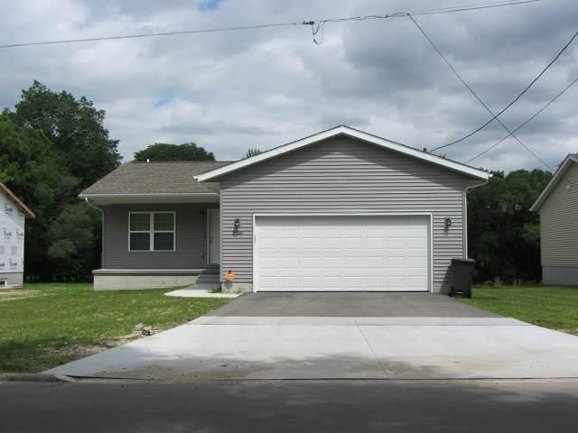 5805 Summerland Drive, Waterloo, IA 50701 (MLS #20196211) :: Amy Wienands Real Estate