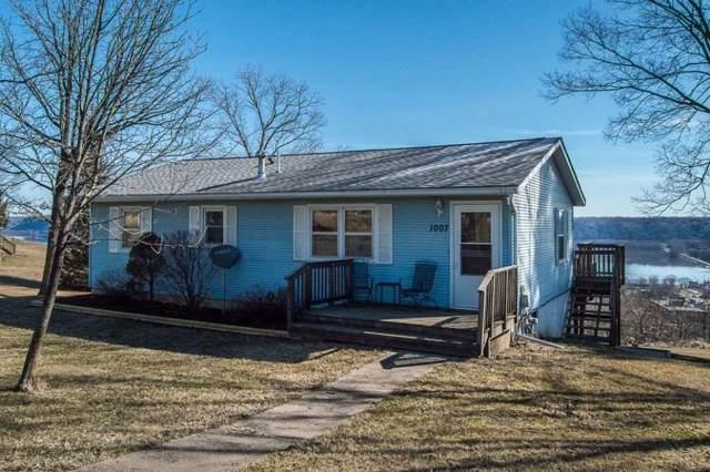 1007 Acre Street, Guttenberg, IA 52052 (MLS #20196407) :: Amy Wienands Real Estate