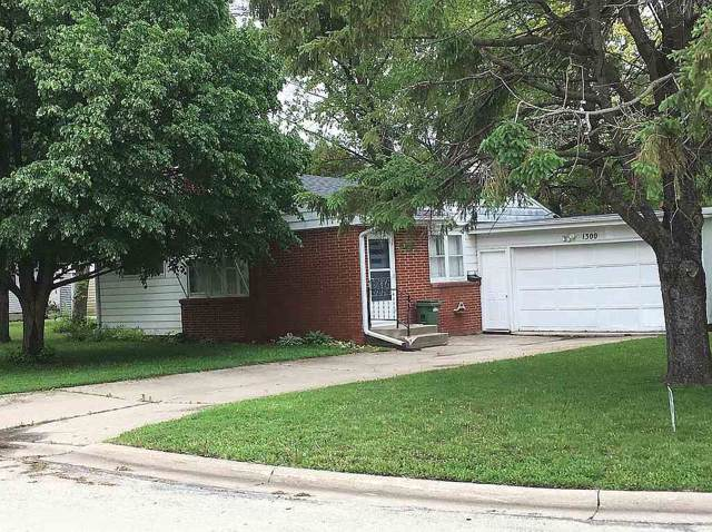1300 SW 3rd Avenue, Waverly, IA 50677 (MLS #20196429) :: Amy Wienands Real Estate