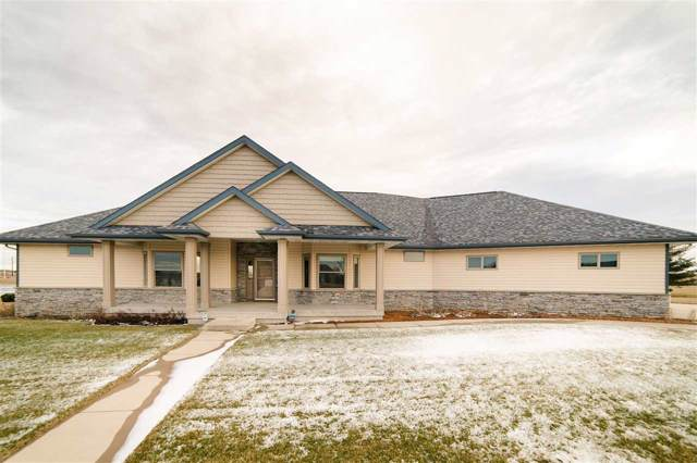 801 Pine Dr Sw Drive, Independence, IA 50644 (MLS #20200026) :: Amy Wienands Real Estate