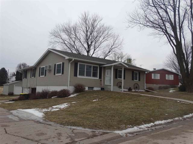 114 NW 10th Avenue, Waukon, IA 52172 (MLS #20200156) :: Amy Wienands Real Estate