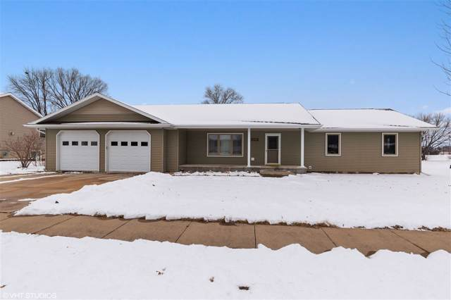 1704 NW 4th Avenue, Waverly, IA 50677 (MLS #20200231) :: Amy Wienands Real Estate