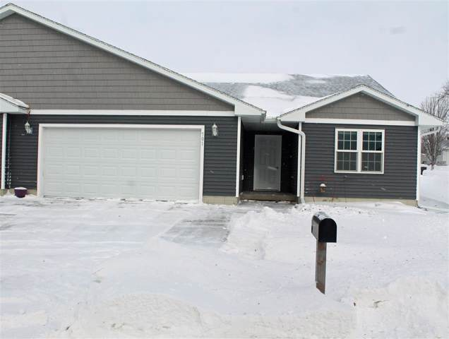 701 M Avenue, Grundy Center, IA 50638 (MLS #20200299) :: Amy Wienands Real Estate