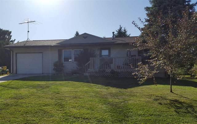1006 NW 2nd Street, Waukon, IA 52172 (MLS #20200306) :: Amy Wienands Real Estate