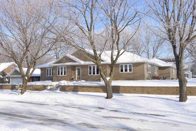 407 Riverside Drive, Charles City, IA 50616 (MLS #20200346) :: Amy Wienands Real Estate
