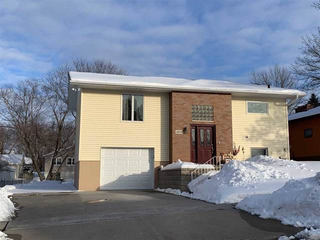 4202 Heritage Road, Cedar Falls, IA 50613 (MLS #20200355) :: Amy Wienands Real Estate