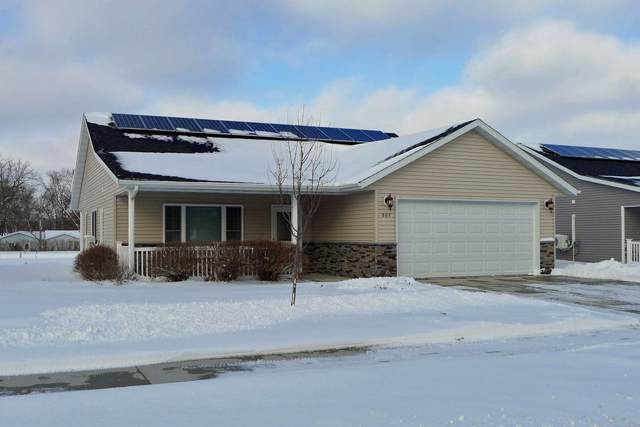 805 9th Street, Charles City, IA 50616 (MLS #20200371) :: Amy Wienands Real Estate