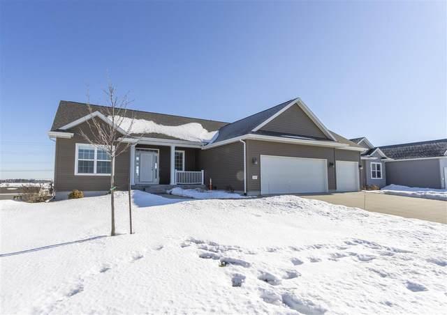 1616 Rocky Ridge Road, Cedar Falls, IA 50613 (MLS #20200579) :: Amy Wienands Real Estate