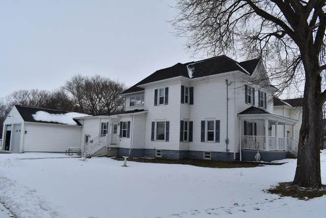 206 2nd St S, Fairbank, IA 50629 (MLS #20200610) :: Amy Wienands Real Estate