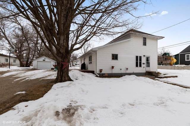 714 SE 2nd Street, Independence, IA 50644 (MLS #20200652) :: Amy Wienands Real Estate