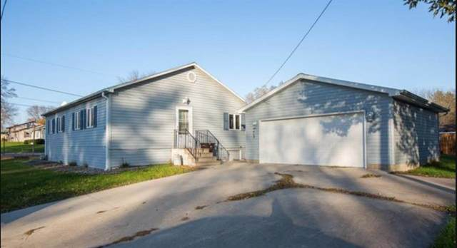804 16th, Gilbertville, IA 50634 (MLS #20200665) :: Amy Wienands Real Estate