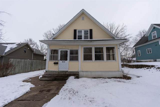 910 Walnut Street, Cedar Falls, IA 50613 (MLS #20200709) :: Amy Wienands Real Estate