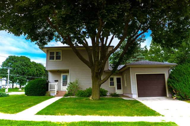 1202 11th Street, Grundy Center, IA 50638 (MLS #20200756) :: Amy Wienands Real Estate