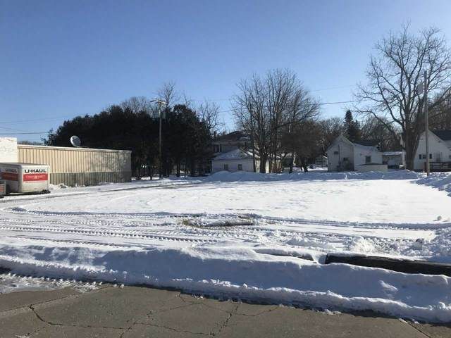 119 S Main St., Fayette, IA 52142 (MLS #20200757) :: Amy Wienands Real Estate