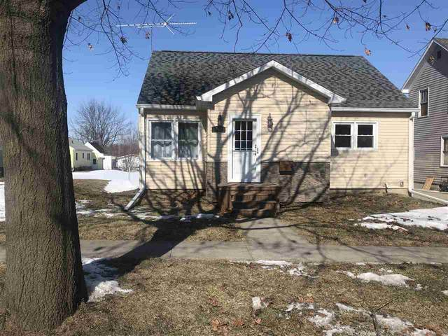 707 F Avenue, Grundy Center, IA 50638 (MLS #20200770) :: Amy Wienands Real Estate
