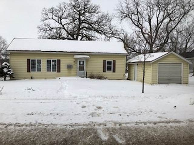 505 6th Street, Parkersburg, IA 50665 (MLS #20200906) :: Amy Wienands Real Estate