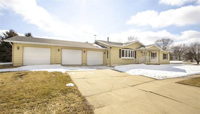 100 Anton Drive, Laporte City, IA 50651 (MLS #20200954) :: Amy Wienands Real Estate