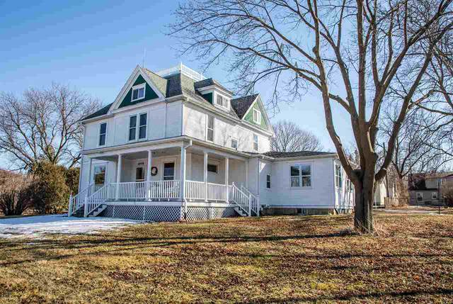 1008 G Avenue, Grundy Center, IA 50638 (MLS #20201048) :: Amy Wienands Real Estate