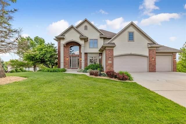 814 South Ridge Drive, Cedar Falls, IA 50613 (MLS #20201054) :: Amy Wienands Real Estate