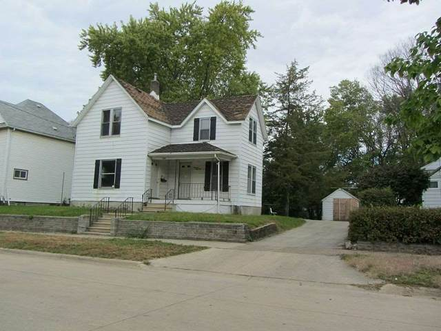 1935 Mulberry, Waterloo, IA 50703 (MLS #20201168) :: Amy Wienands Real Estate