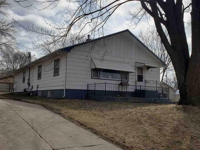 513 3rd Ave. Se, Oelwein, IA 50662 (MLS #20201275) :: Amy Wienands Real Estate