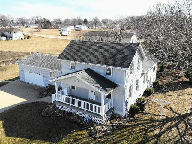 320 C Avenue, Grundy Center, IA 50638 (MLS #20201279) :: Amy Wienands Real Estate