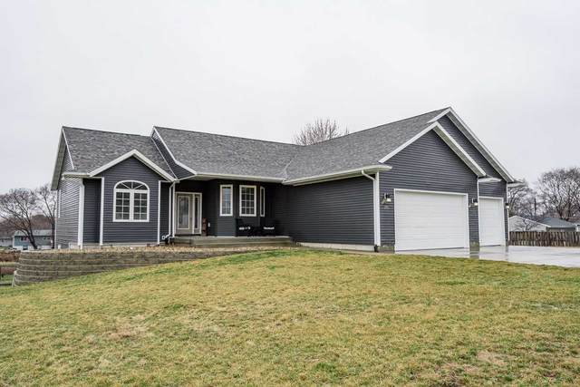 205 Ogden Avenue, Waterloo, IA 50707 (MLS #20201335) :: Amy Wienands Real Estate