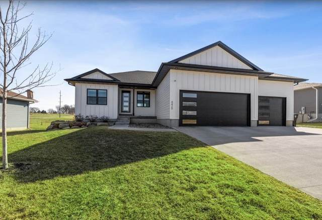 4420 Ironwood Drive, Cedar Falls, IA 50613 (MLS #20201451) :: Amy Wienands Real Estate