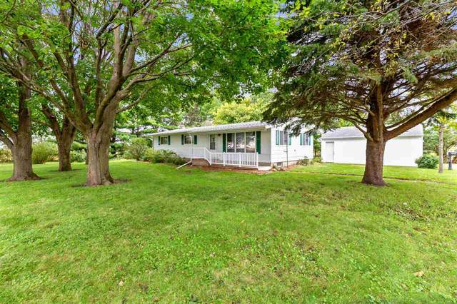 1249 230th Street, Waverly, IA 50677 (MLS #20201486) :: Amy Wienands Real Estate