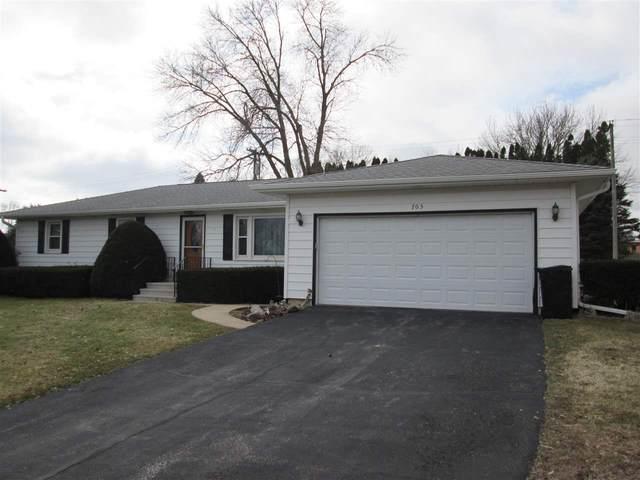 705 N Vine Street, West Union, IA 52175 (MLS #20201516) :: Amy Wienands Real Estate