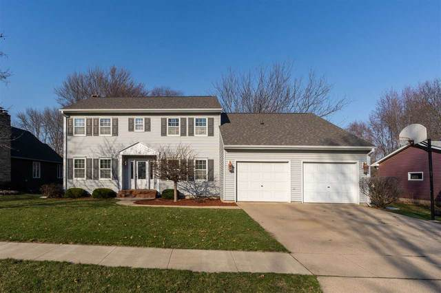 1304 Grandview Avenue, Waverly, IA 50677 (MLS #20201538) :: Amy Wienands Real Estate